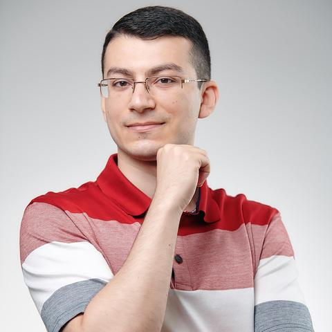 Максим Лосников