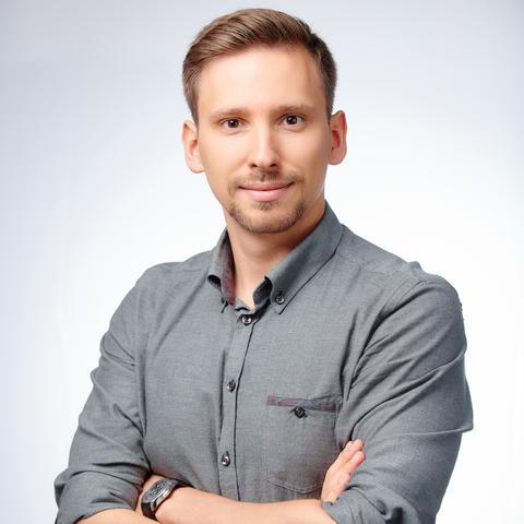 Илья Санеев